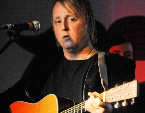 James McCartney (Músico. 1977 - …)